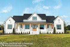 Modern Farmhouse Plans, Farmhouse Decor, Roof Plan, Thing 1, New House Plans, Island With Seating, Walk In Pantry, Windows And Doors, Great Rooms