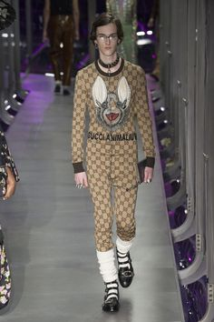 I like the bat face and the black trim.  Gucci Fall 2017 Ready-to-Wear collection.