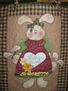 Wool Applique, Applique Patterns, Applique Quilts, Embroidery Applique, Quilt Patterns, Rabbit Crafts, Bunny Crafts, Easter Crafts, Applique Wall Hanging