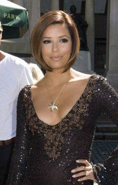 Eve Short Hairstyles | Eva Longoria wears a cute short bob hairstyle into the red carpet ...