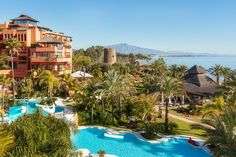Making the most of its unique position in the Costa del Sol, the Kempinski Hotel Bahía is bathed in sunshine and provides everything you need for a relaxing escape.