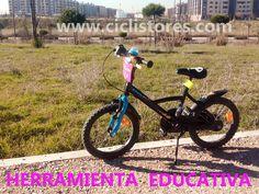 La bicicleta como herramienta educativa debería estar integrada en los curriculum educativos