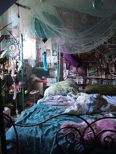secretdreamlife:  This is like my bedroom…colorful, cluttered and oh so bohemian. http://secretdreamlife.tumblr.com  Boho Bohemian Bohème Gypsy Ethnic Bedroom