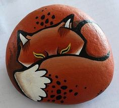 Looking for some easy painted rock ideas to get inspired by? See more ideas about Rock crafts, Painted rocks and Stone crafts. Pebble Painting, Pebble Art, Stone Painting, Diy Painting, Image Painting, Pebble Stone, Painting Tutorials, Painted Rock Animals, Hand Painted Rocks
