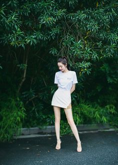 Summer Outfit For Teen Girls, Outfits For Teens, Summer Outfits, Skirt Fashion, Fashion Outfits, Beautiful Girl Drawing, Kawaii, Poses For Photos, Chinese Actress