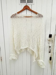 Pullover Style with Sleeves de armarioenruinas en Etsy
