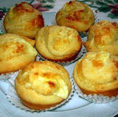 Sajtos tekert muffin Recept képekkel -   Mindmegette.hu - Receptek Quiche Muffins, My Recipes, Favorite Recipes, Hungarian Recipes, Muffin Tins, High Tea, Baked Goods, Ham, Food And Drink