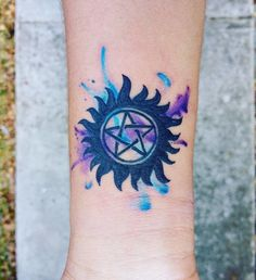 A supernatural tattoo is also known as an anti-possession symbol. It is a tattoo that stands for demonic possession. If properly tattoed, you will… Scary Tattoos, Body Tattoos, Cute Tattoos, Sleeve Tattoos, Rib Tattoos, Stomach Tattoos, Tatoos, Supernatural Series, Supernatural Tattoo