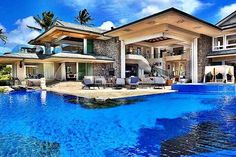 Need this in my life! #luxuryhomes #luxury #luxuryhome #paradise #pool #design #poolparty #home #poolday #luxurylifestyle #architecture #luxurylife #luxurydesign #realestate #luxuryliving #homedesign #summer #style #luxuryrealestate #lifestyle #house #designer #sun #modern #swim #brolifeco #brope #instagood
