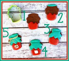 LilaLoa: Decorated Cherry Jam Cookies