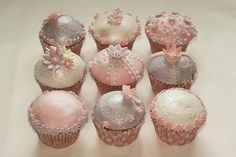 Find Little Holiday Cupcakes, Mothers' Day Cupcake  Ideas. All moms love getting a handmade Mothers' Day Cupcake gift. See these Mothers Day cupcake ideas. [...]
