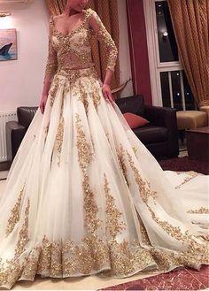 Modern Indian Wedding Dresses And Wedding Gowns Pakistani Bridal, Bridal Lehenga, Pakistani Dresses, Indian Bridal, Indian Dresses, Bride Indian, Ball Dresses, Bridal Dresses, Ball Gowns