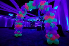Neon and black light theme for your Quinceanera party! ---Don't like the balloons. but the room is soooo pretty. Neon Birthday, 13th Birthday Parties, 14th Birthday, Sweet 16 Birthday, Birthday Balloons, Cake Birthday, Birthday Ideas, Glow In Dark Party, Black Light Party Ideas