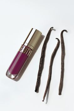 Beyond Gloss in Mulberry is THE shade for fall. 🍂 And its signature scent? That's thanks to mindfully sourced, safer, and oh-so-sweet organic vanilla. Glossier Look, Clean Makeup, Unique Lighting, Clean Beauty, Seed Oil, Lip Colors, Massage, Moisturizer, Vanilla