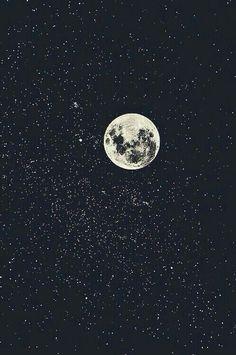 """un-cielo-repleto-de-estrellas: """"En mí cielo repleto de estrellas tú eras la luna. """""""