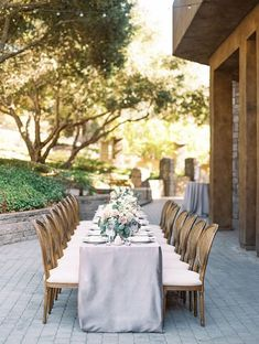Lavender Gray and Dusk Colored Tablecloths for an Intimate and Stunning Villa Wedding Alabama Wedding Venues, Luxury Wedding Venues, Outdoor Wedding Venues, Tree Wedding, Italy Wedding, Floral Wedding, Wedding Decor, Indoor Wedding Ceremonies, Floral Event Design