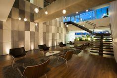 Proyecto de diseño y construcción realizado por AEI Arquitectura e Interiores en Bogotá. Proyecto sostenuble con certificación LEED Oro.