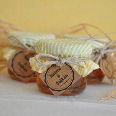 Bal Kavanozu Nikah Şekeri -  #balkavanozu #kınagecesi #kınahediyelikleri #kınasüsleri #nikahşekeri #nikahsüsleri #nişanşekeri #nişansüsleri Honey Wedding Favors, Wedding Candy, Wedding Gifts, Baby Favors, Marriage, Gift Wrapping, Packaging, Jar, Handmade