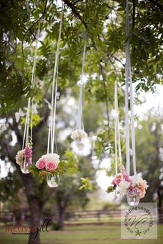 103 best spring wedding images on pinterest wedding stuff do it yourself wedding blog the blog is pretty good but i just really like solutioingenieria Images