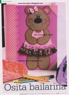 ENO Y VISITA JEANNINEHOGAR.BLOGSPOT.COM SIGUEME EN TWITTER @JEANNINECED Foam Crafts, Arts And Crafts, Diy Crafts, Altered Composition Books, Felt Art, Paper Piecing, Craft Fairs, Scrap, Teddy Bear