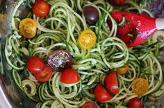 raw spiral zucchini noodles