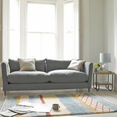 Knotty rug with Flopster armchair in zinc pencil stripe