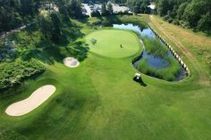 Golf de Barbaroux #tourismepaca #tourisme #tourism #france #pacatourism #pacatourisme #PACA #provencal #sport #sports #golf #park #clubhouse #golfclub #barbaroux