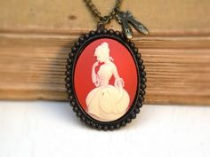 Victorian Lady Cameo Vintage Style Necklace by roomofyourown, $    i want one.