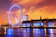 Com 135 metros de altura, a London Eye oferece uma das melhores vistas da capital britânica