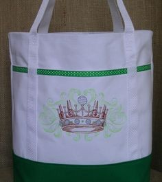 """This special tote shows everyone you are """"golf royalty""""."""
