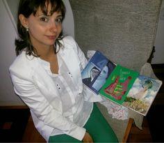 FEMINA - Modéstia e elegância: Spotlight weekly link-up   week 119: red/green