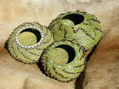 Allie's in Stitches: Tracy's Pine Needle Baskets - OK, so not exactly textile or fiber, but...