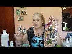 Decoupage con papel regalo y barniz casero Decoupage with wrapping paper and homemade varnish Diy Craft Projects, Diy And Crafts, Brush Embroidery, Oil Painting For Beginners, Candle Art, Decoupage Tutorial, How To Make Paint, Diy Recycle, Winter Holidays