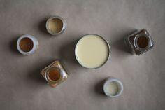 Vanilla Bean Chai Syrup Makes about 1 cups 14 ounces sweetened condensed milk 2 teaspoons ground cardamon 1 teaspoon ground cinn. Refreshing Drinks, Yummy Drinks, Chai Syrup Recipe, Vanilla Chai, Homemade Vanilla, Condensed Milk, Spice Mixes, Food 52, Sweet Recipes