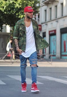 How to Wear Red Sneakers For Men looks & outfits) Mens Fashion Casual Shoes, Dope Fashion, Mens Fashion Suits, Fashion Moda, Swag Fashion, Street Fashion Men, Urban Fashion Women, Fashion Trends, Camo Shirt Outfit