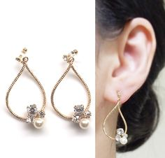 Pierced look and comfortable Swarovski crystal and pearl invisible clip on hoop earrings by MiyabiGrace. Perfect for your date! And they are wearable for straight 8 hours since they are comfy イヤリング, ノンホールピアス, 樹脂イヤリング, MiyabiGrace, ピアス