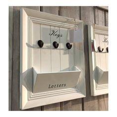 New Wooden Post/Mail and Key Hooks Holder Shabby Chic White Hanger