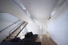 House in Wakayama / spray