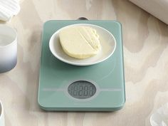 Waga kuchenna Brabantia Basic Mint w Calvado Wedding Gift List, Digital Kitchen Scales, Kitchen Helper, Cute Kitchen, Spice Things Up, Healthy Eating, Healthy Food, Food And Drink, Mint