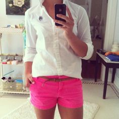 pink shorts/oxford