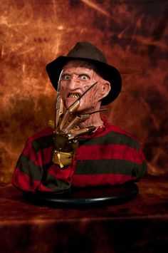 1:1 Silicone '85 Freddy Krueger... Finished!!