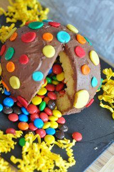 Prochain gâteau d'anniversaire pour petit zinzin !!!!  http://p7.storage.canalblog.com/71/44/592550/96004858.jpg