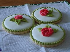 Little roses   Cookie Connection