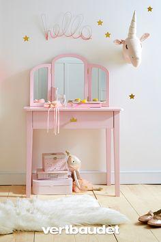 Little hairdresser Princess Baby Bedroom Furniture, Kids Furniture, Bedroom Decor, Cool Kids Bedrooms, Awesome Bedrooms, Little Girl Bedrooms, Teen Bedrooms, Toddler Vanity, Girls Vanity
