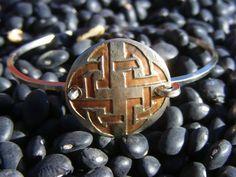Celtic Knot Bracelet. Etched Coin Bracelet by ManMadeDesign. Celtic Bracelet. Celtic Jewelry. Irish Bracelet