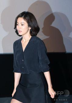韓国・ソウル(Seoul)のシネマコンプレックス「CGV」往十里(Wangsimni)店で行われた、映画『ドキドキ私の人生(My Brilliant Life)』のメディア向け試写会に臨む、女優のソン・ヘギョ(Song Hye-Kyo、2014年8月21日撮影)。(c)STARNEWS ▼26Aug2014AFP 韓国映画『ドキドキ私の人生』プレス試写会、主演の2人も出席 http://www.afpbb.com/articles/-/3024078 #Song_Hye_Kyo