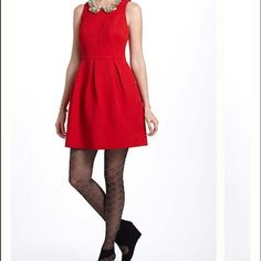 Anthropologie MOULINETTE SOEURS SZ 4 red dress NEW WOW your Valentine! NEW perfect classy dress that can be made workplace ready by adding a fitted blazer. Very well cut and quality fabric. Sleeveless with 2 side pockets and side zipper. The underlining is black silky fabric. Anthropologie Dresses