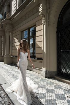 Berta Bridal Fall 2015 Wedding Dresses | Wedding Inspirasi