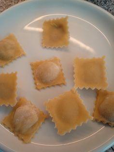 Ravioli recept - Zelf ravioli maken met of zonder pastamachine - op bord