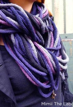 Snood au tricotin by Mimi the LabSnood réalisé avec 29 tubes de 170cm fait au tricotin manuel et mécanique et 5 couleurs :)